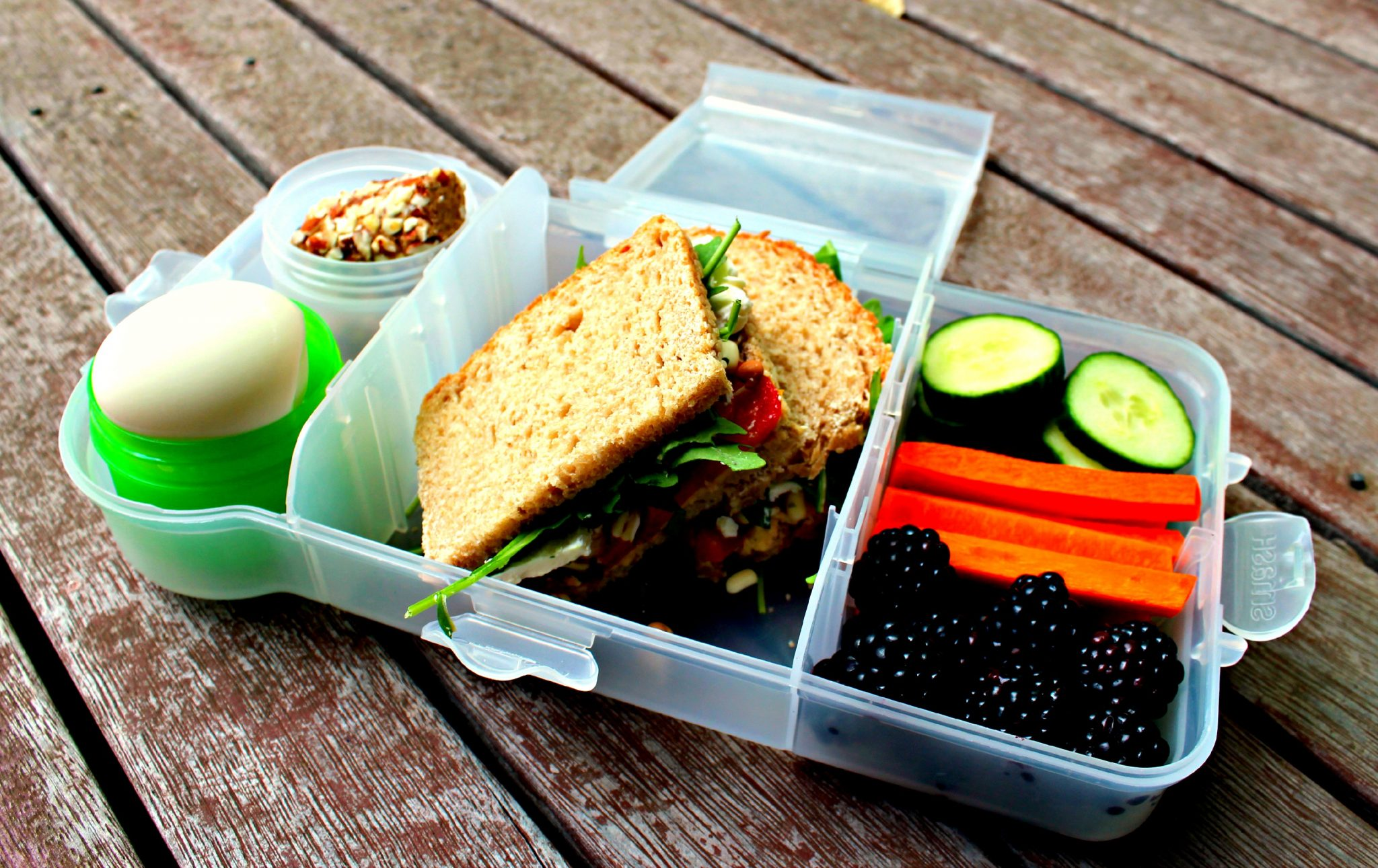 4 easy steps to a healthy lunchbox